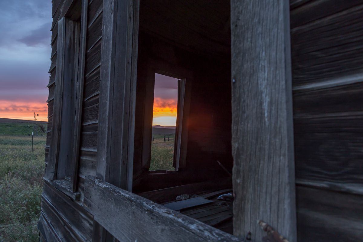 Old Gorge Homestead- View to a sunset- McDermand Rd