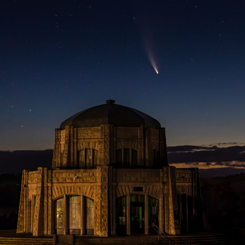 Neowise Over Vista House -  Final Edited Version