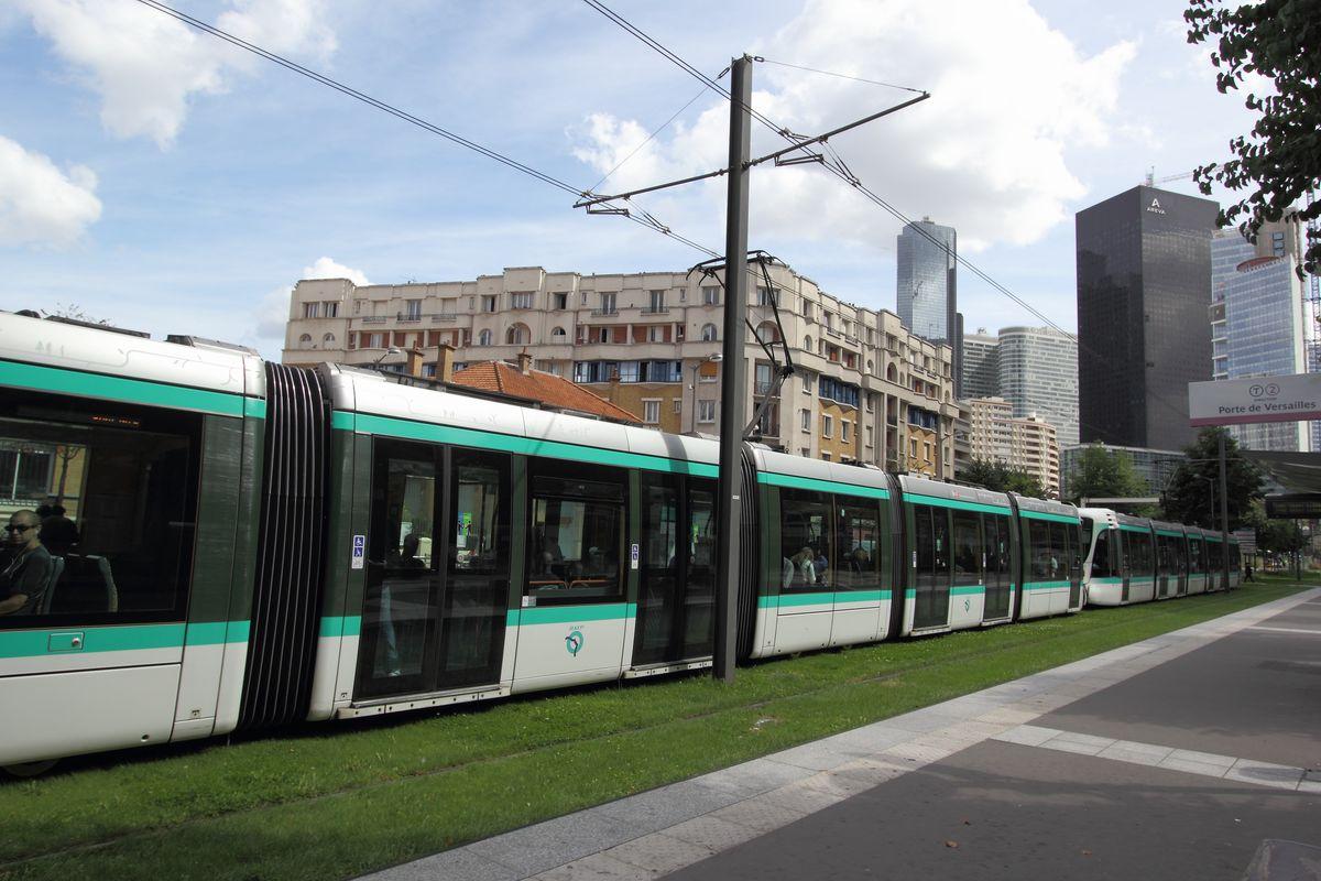 Peripheral tramway