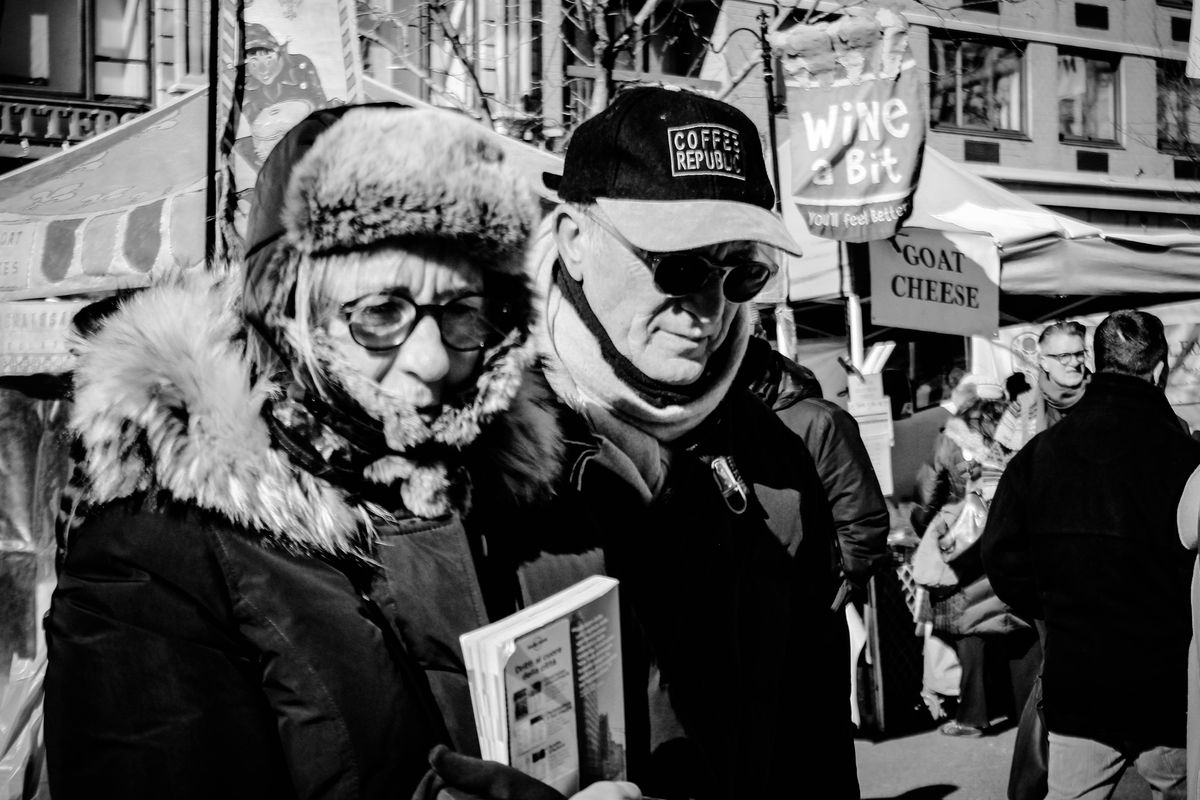 Strangers at the market 02