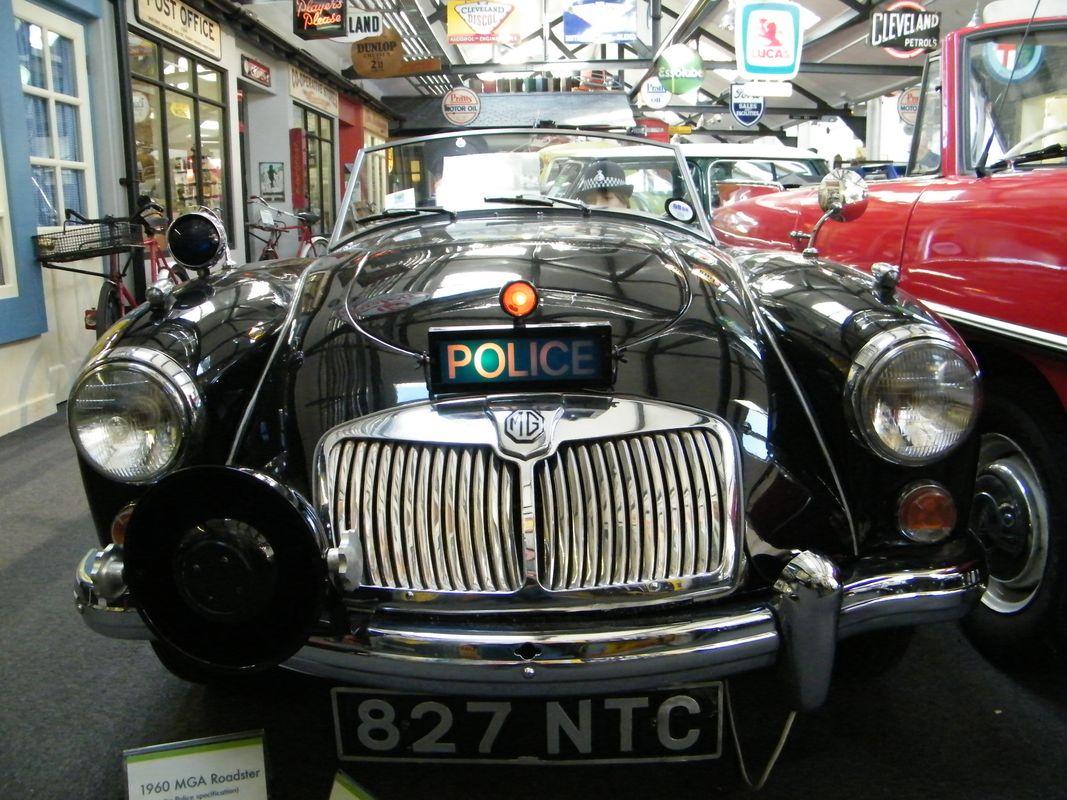 MG Police Car