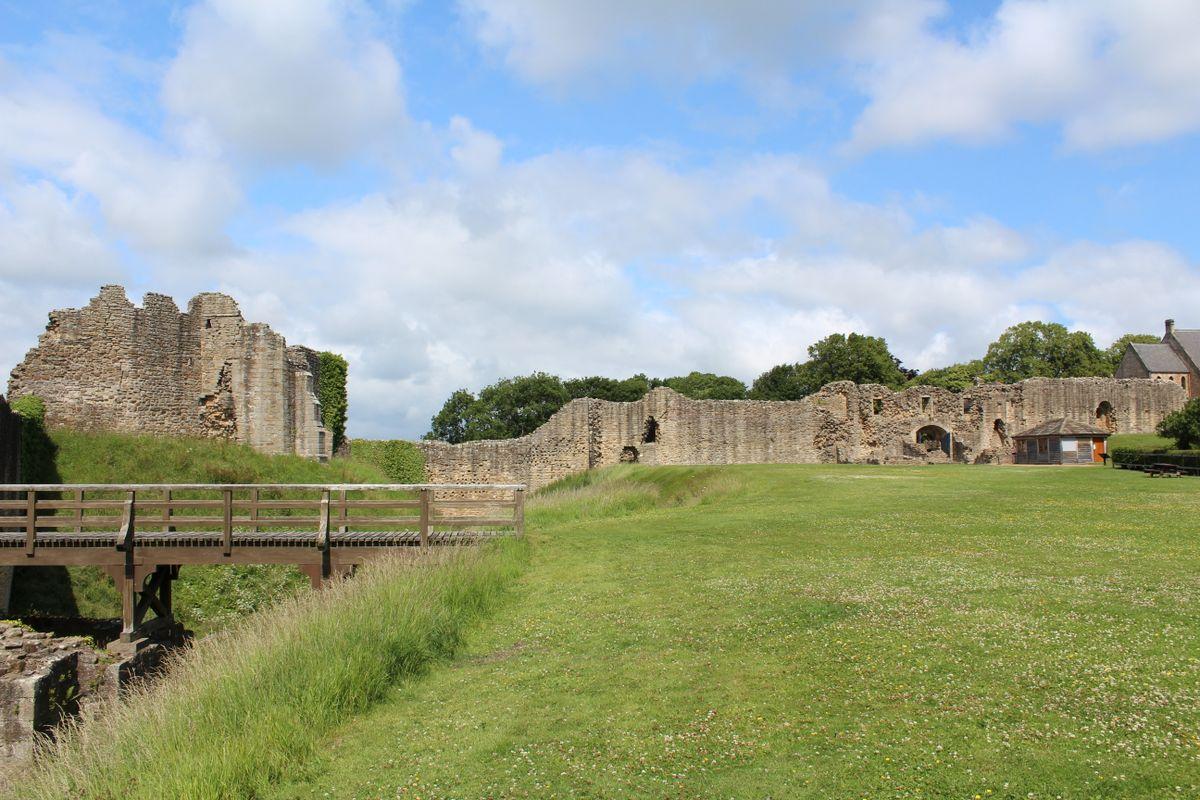 Barnard Castle interior