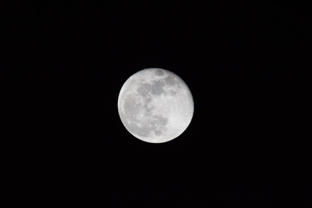 The Moon 01.02.18