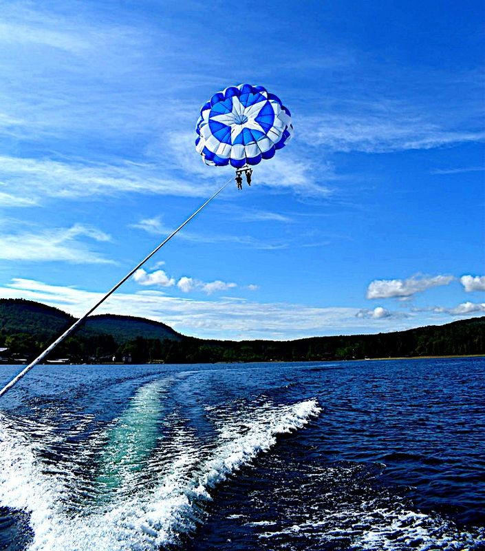 Parasailing in the lake