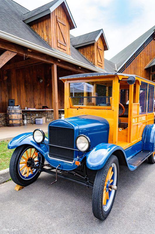 1920s Ford Model T Wood Body Depot Hack Truck