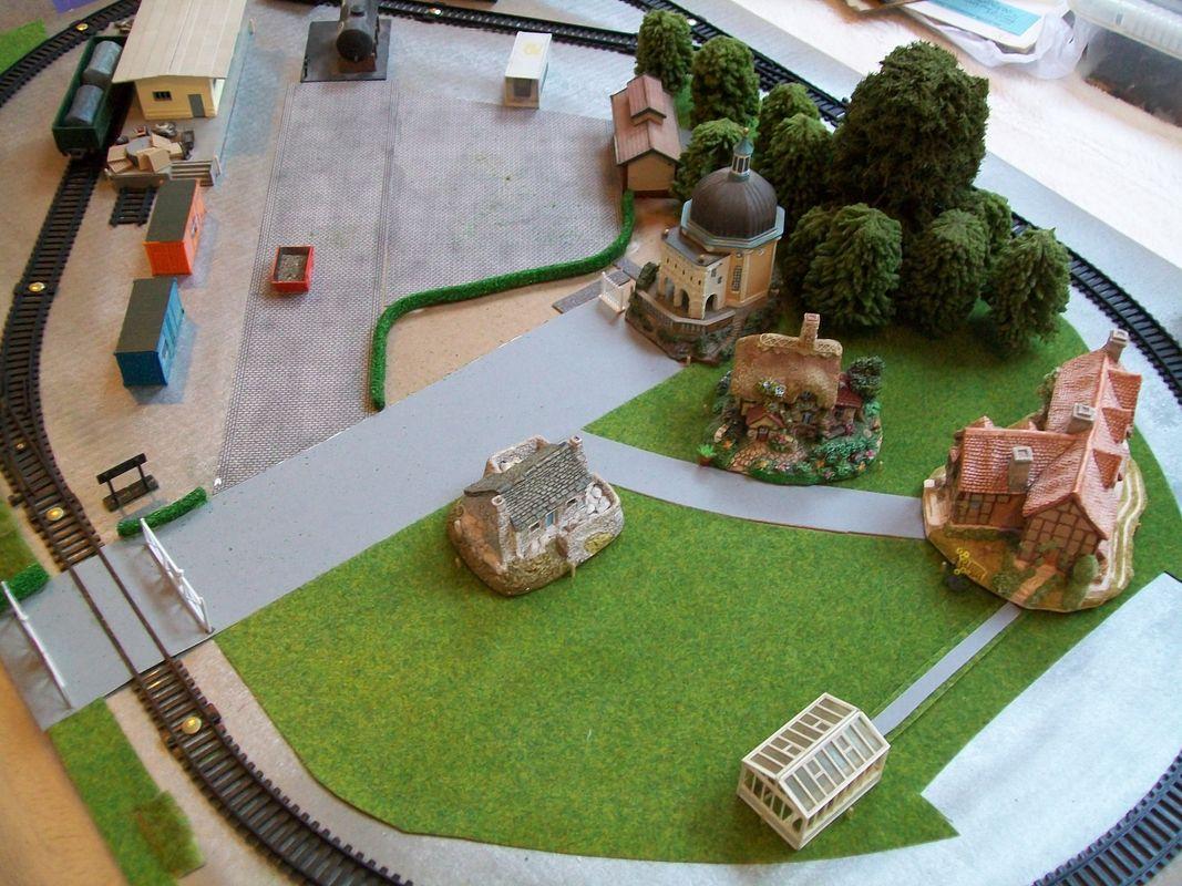 Glencorse - rail king league lines / oilcan train, model railway layout