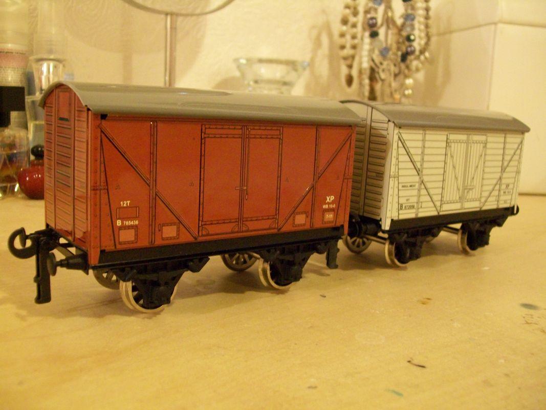 Bassett lowke O gauge wagons, made by Corgi