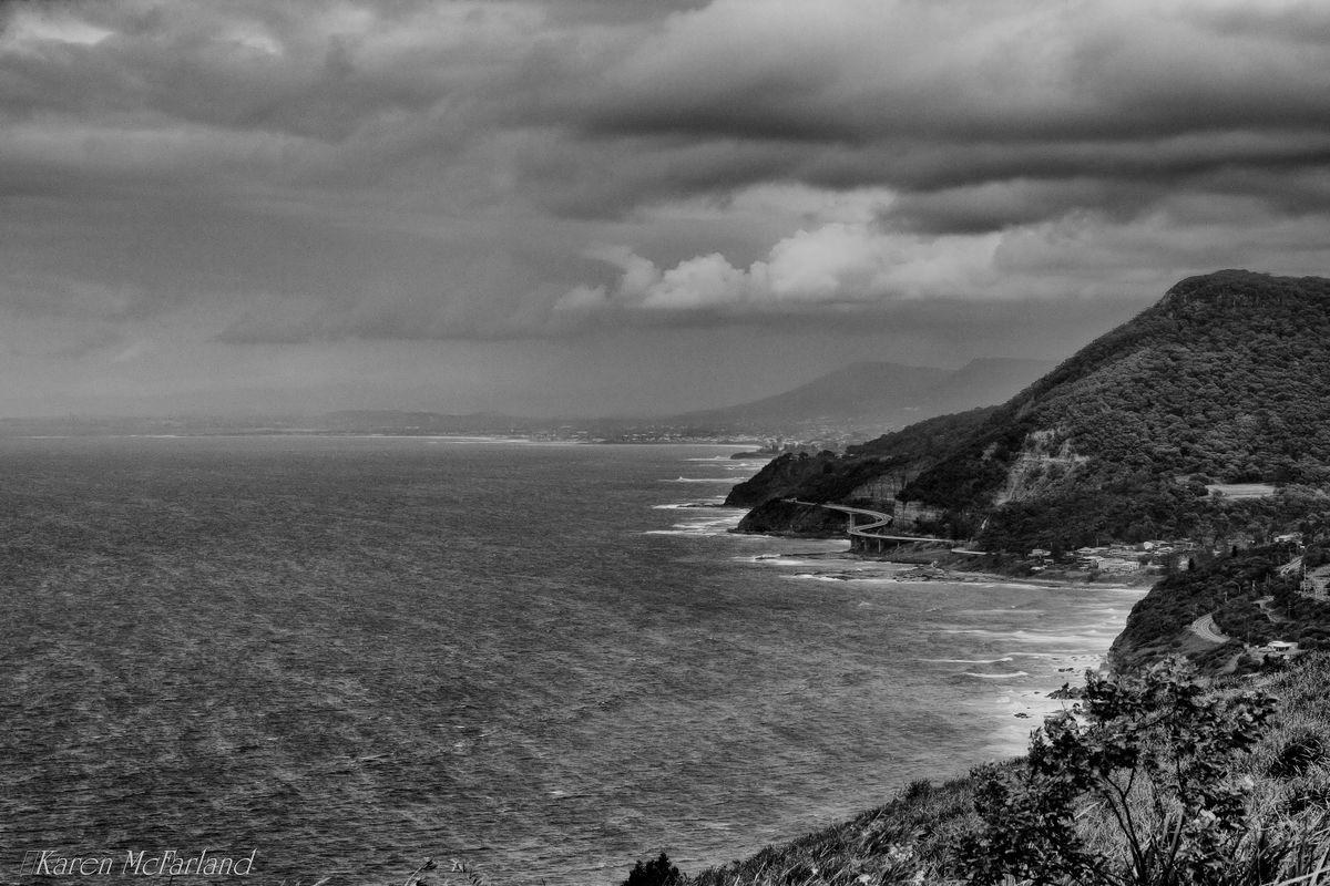 Sea Cliff Bridge looking South