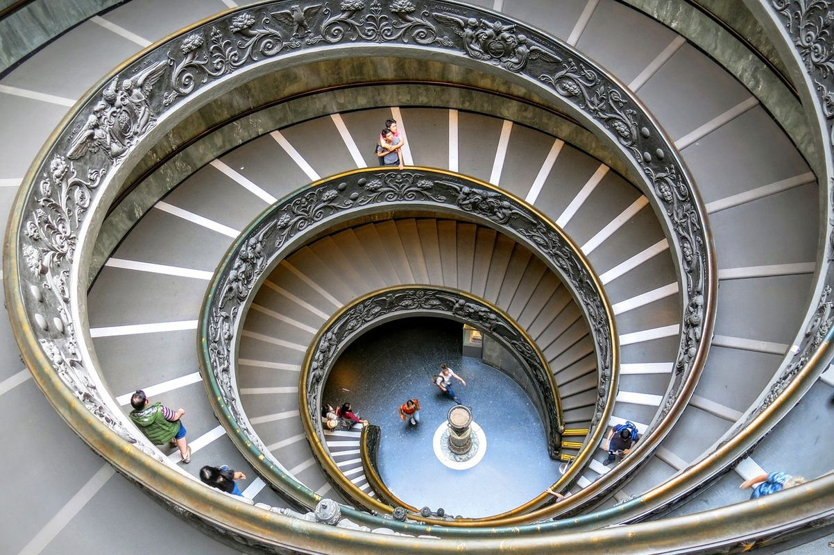 PHOTO OF VATICAN MUSEUM SPIRAL STEPS STAIRS