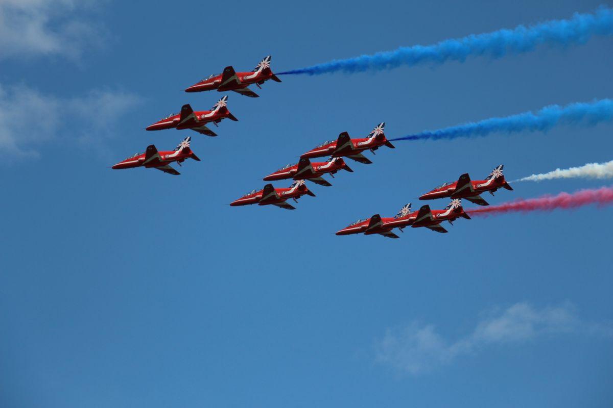 Red Arrows Team4