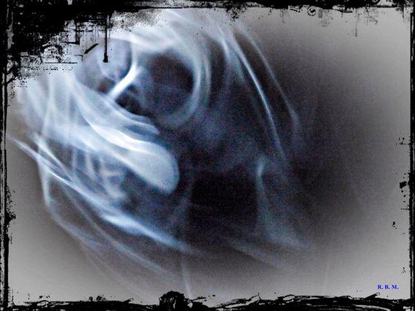 Smoking-skullframe