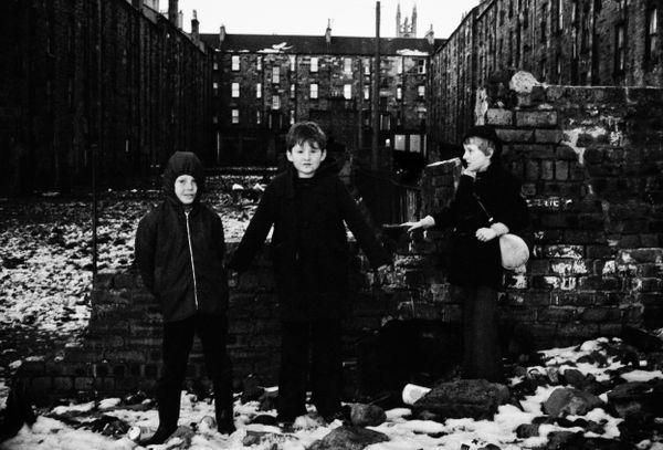 Back courts_Glasgow, Scotland 1984