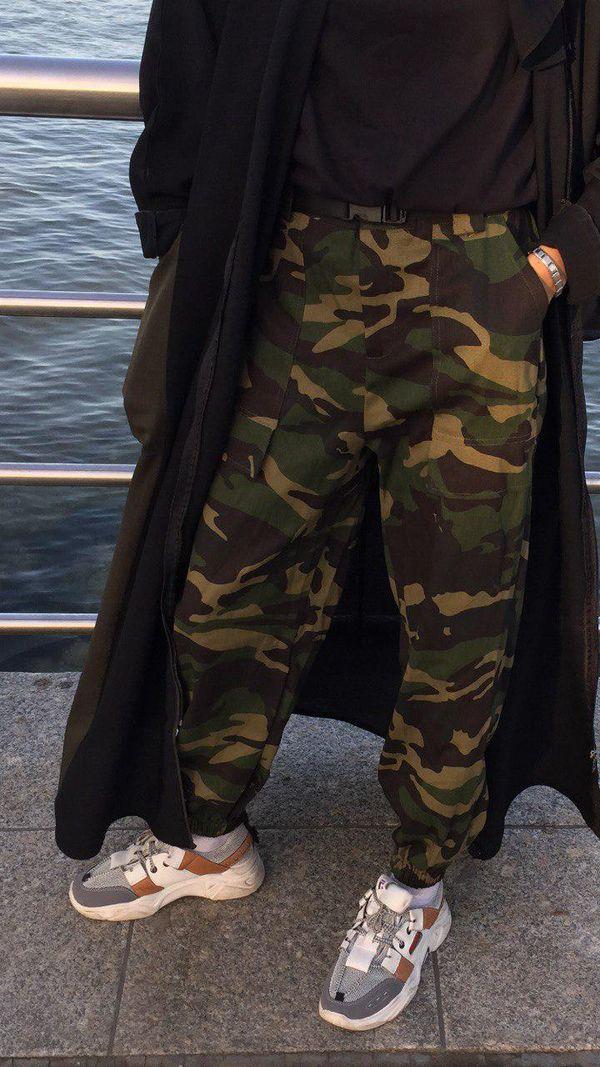Military uniform style