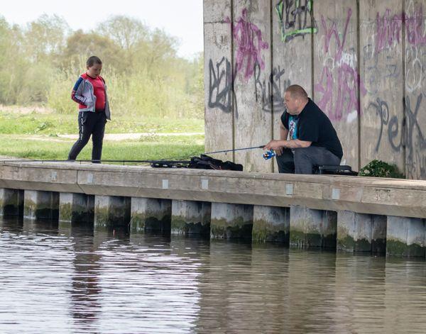 Man fishing beccles-1119