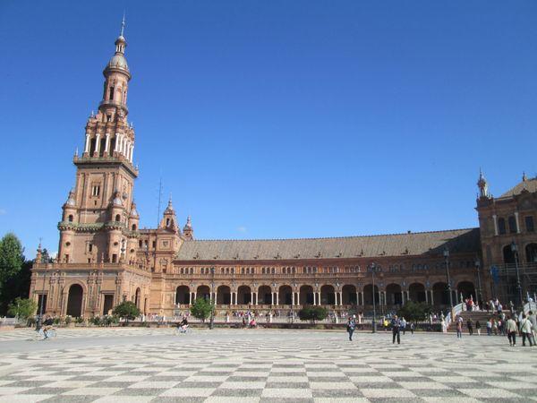 One side of Sevilles Plaza de España