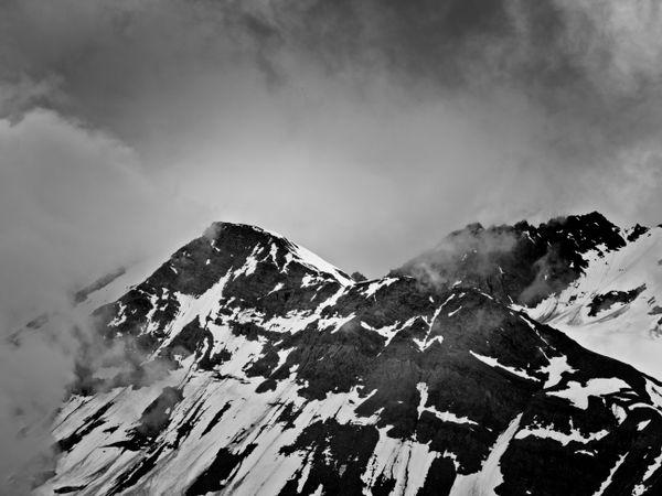 Chugach Mountain Peak , Alaska, USA