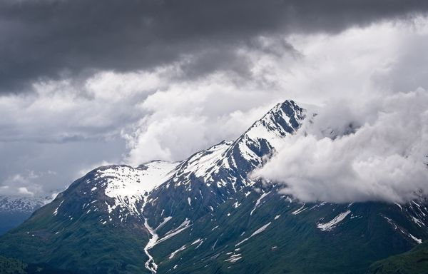 Chugach Mountain Peaks, Alaska, USA