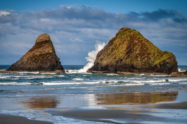Wave Crashing Against Sea Stack. Heceta Head Beach, Oregon Coast