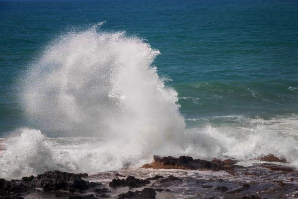High Tide Wave Crash Oregon Coast