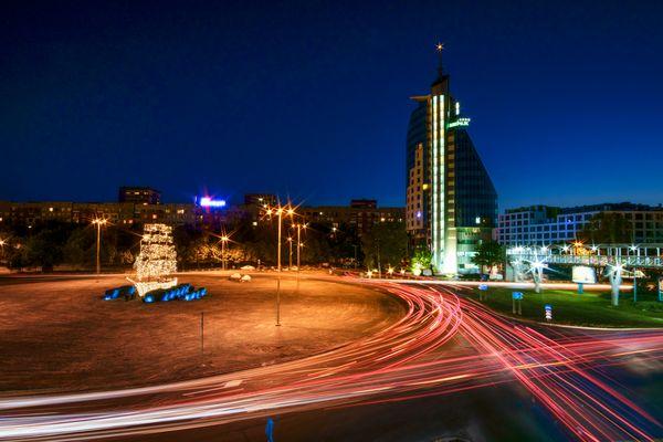 RoundaboutLightTrails