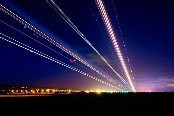AirplaneLightTrails