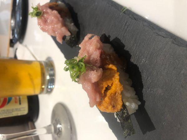 Uni and Maguro Sushi