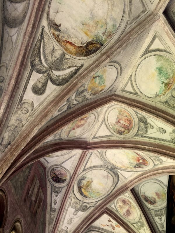 Ceiling to watch … in Italy