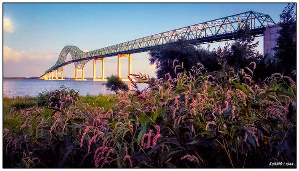 Laviolette Bridge PQ