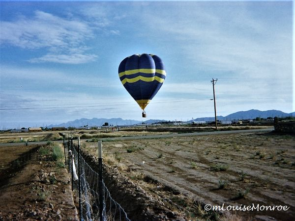 Balloon landing in 1998