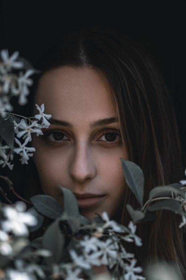 Girl with jasmine flowers