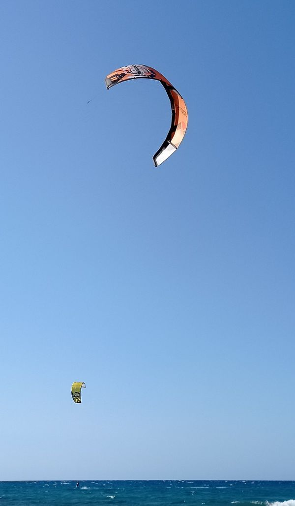 Paragliding closer