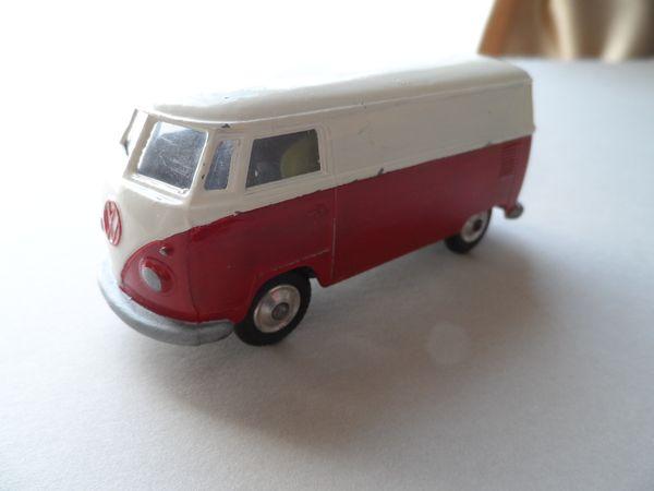 Corgi Toys Volkswagen re-paint